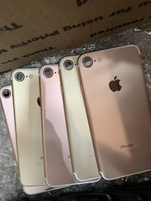 iPhone 7 Unlocked with a 30 Day Warranty! for Sale in Los Angeles, CA