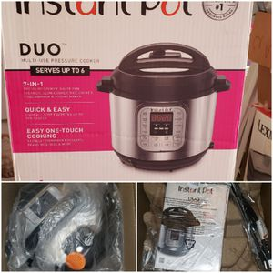 INSTANT POT DUO 7 in 1 for Sale in Peoria, AZ