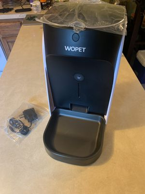 Automatic Pet Feeder - medium/small dog & cat Wopet for Sale in Pembroke Pines, FL