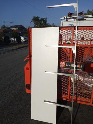 Shelfing 18x64 3/4 thick lamenite white 8'mounting brackets 15 sets for Sale in Norwalk, CA