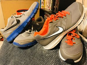 Men's Nike Shoes / Size: 11 / Pick-up in Cedar Hill / Shipping Available for Sale in Cedar Hill, TX