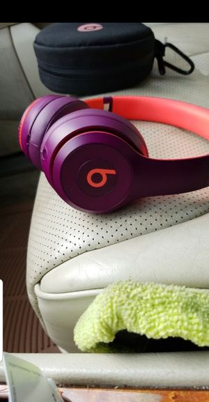 BEATS SOLO3 WIRELESS HEADPHONES for Sale in Cleveland, OH
