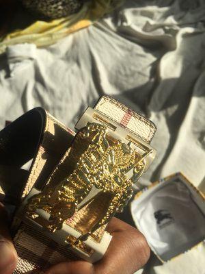 Burberry belt for Sale in Orlando, FL