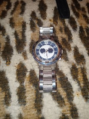 A slightly used silver mens watch still in great shape and condition. for Sale in Belmont, NC