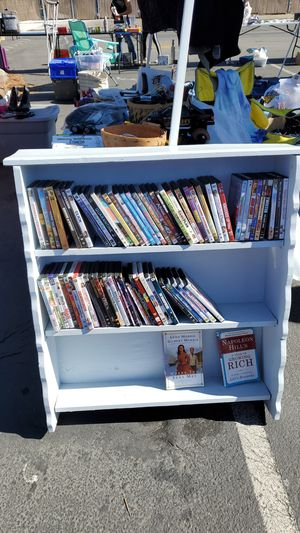 Small shelf for Sale in San Jose, CA
