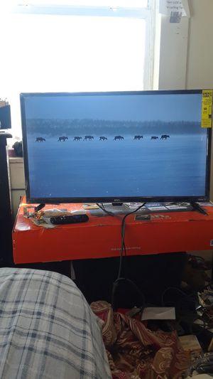 32 inch flat screen for Sale in Fresno, CA