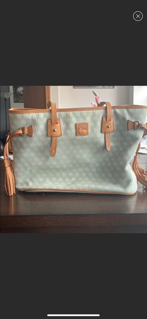 Dooney & Bourke Tote Bag for Sale in St. Charles, IL