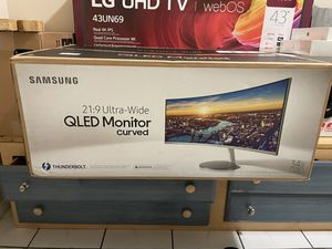 Samsung Ultra-Wide Curved QLED Monitor for Sale in Garden Grove, CA