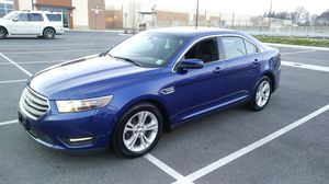 2015 Ford Taurus SEL AWD *Clean and Smooth* for Sale in Philadelphia, PA