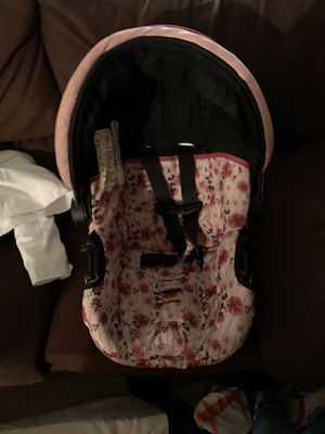 Stroller and car seat with base for Sale in The Bronx, NY