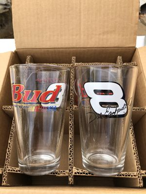Collectible Earnhardt Jr Pub Glasses for Sale in Lithia Springs, GA
