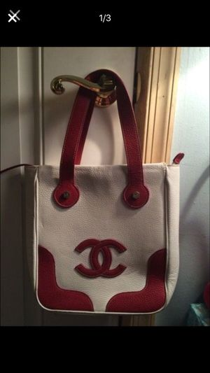Authentic Chanel, great spring bag! for Sale in Hyattsville, MD
