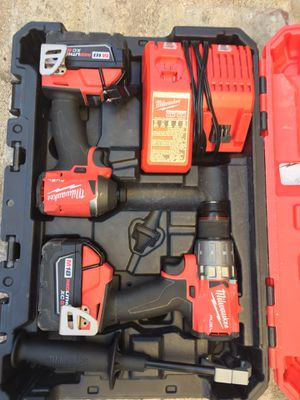 Milwaukee M18 fuel seminuevos for Sale in Los Angeles, CA