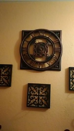 3 metal candle holders for Sale in Moreno Valley, CA