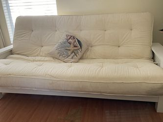Futon Solid Wood Good Condition. for Sale in Deltona,  FL