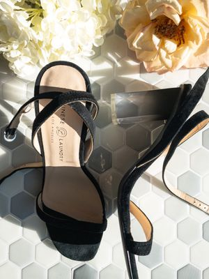 Chinese Laundry Black Strappy Shoe with Clear Heel Size 8 for Sale in Rye, NY