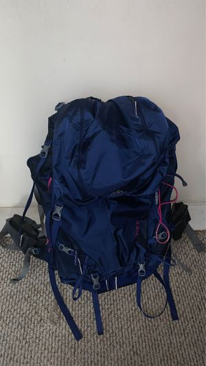 Heavy duty camping backpack for Sale in Ansonia, CT
