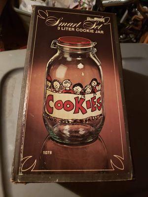 Vintage Carlton Glass Cookie Jar for Sale in Monroe, VA