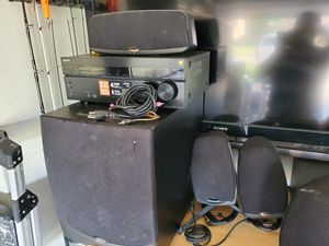 Klipsch home theater system/ Sony 5.2 channels reciber for Sale in Pasadena, TX