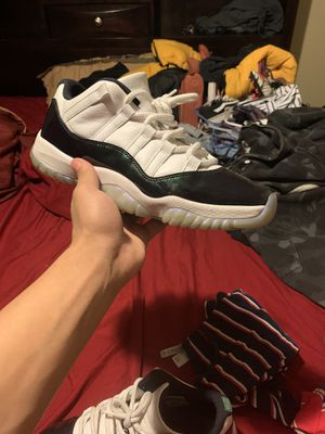 Jordan 11 Easter size 9 for Sale in Houston, TX