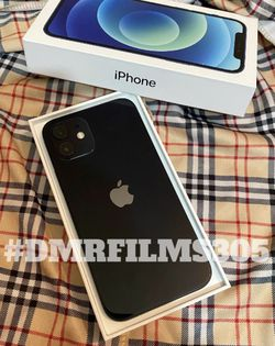 New 128gb iPhone 12 Unlocked With Box And Accessories for Sale in Columbus,  OH