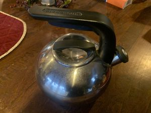 Kit hen Aid Stainless Steel Kettle for Sale in Billerica, MA