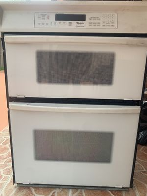 Whirlpool Acubake Wall Oven and Microwave for Sale in Miami, FL