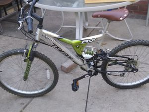 aluminum mountain bike 21 speed triax pk7 75 for Sale in Lake Forest, CA