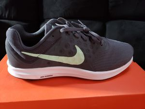 Nike Running women size 10 for Sale in Compton, CA