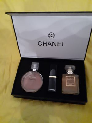 Chanel perfume set for Sale in Beaumont, TX
