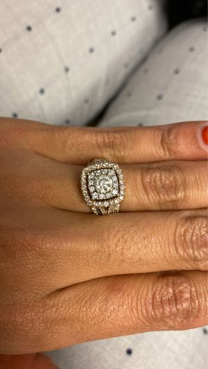 Engagement/wedding ring for Sale in Seymour, CT