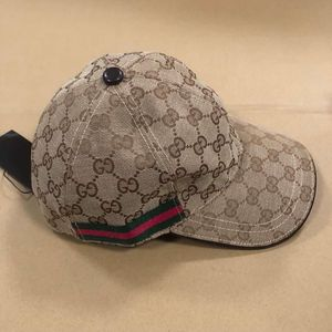 Gucci hats for Sale in Arlington, TX