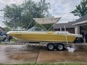 2004 Harris kayot v220 Deck boat for Sale in Pflugerville, TX