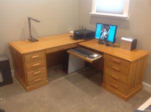 Free oak desk for Sale in Chelan, WA