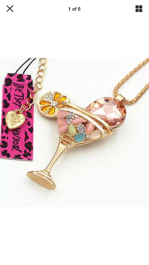 Betsey Johnson martini glass 3 D specialty drink necklace gemstones on s gold chain for Sale in Northfield, OH