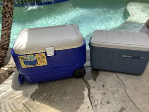 Coolers, Igloo and Coleman for Sale in Stevenson Ranch, CA