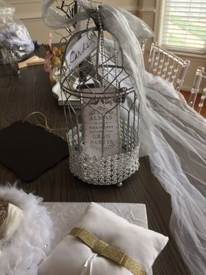 Wedding package, veil, belt, sashes for Sale in Woodbridge, VA