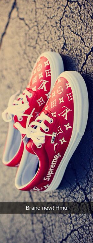 LV Supreme Vans size 10.5 for Sale in Dearborn Heights, MI