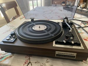 Marantz model 6200 turntable for Sale in OH, US
