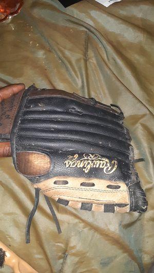 Rawlings baseball glove the gold {url removed} for Sale in Jonesboro, GA