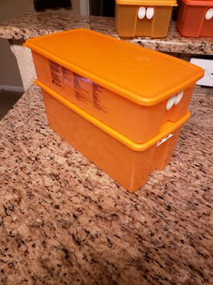 2pc Tupperware Storage Containers for Sale in San Antonio, TX