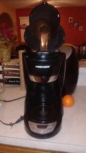 Black and Decker coffee maker for Sale in Kissimmee, FL