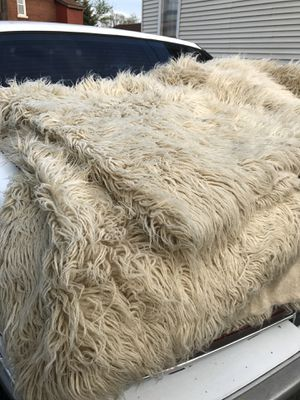 Authentic wool carpet or throw blanket for Sale in Wyandotte, MI