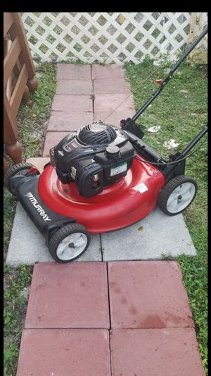 lawn mover runs good. $100 takes it today firm no less for Sale in Pembroke Pines, FL