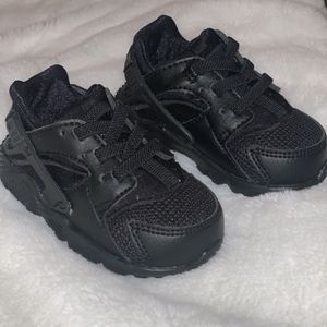 nike huaraches for infants for Sale in Compton, CA