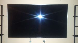 Lg smart tv 55 inch 4k for Sale in Cleveland, OH