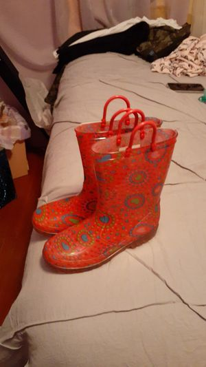 Rain boots for kids size 2-3 for Sale in Pasadena, TX