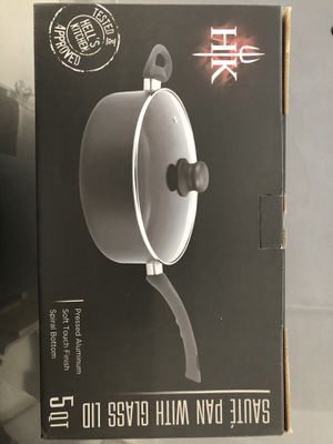 Hell's Kitchen 5qt sauté pan with glass lid for Sale in San Diego, CA