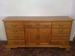 Dresser Set for Sale in Fort Wayne, IN