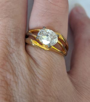 10kge r 30 gold tone stone Ring size 6 for Sale in Clinton, MO